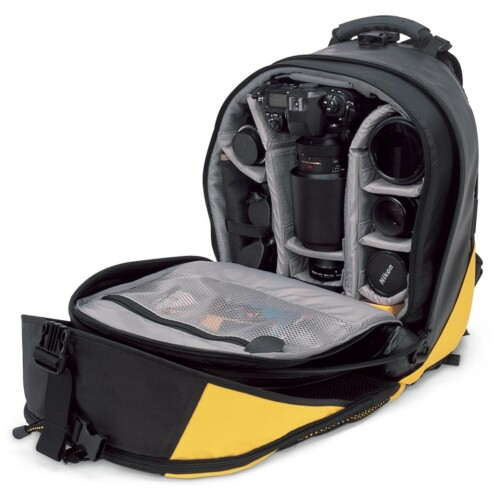 Mochila Lowepro DryZone 200 interior con dotación de ejemplo