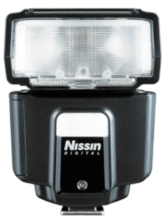 Vista frontal flash Nissin i40